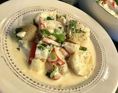 Fiskegryte med snøfrisk og poteter – Henriettes matblogg Fish Recipes, Cake Recipes, Recipe Boards, Potato Salad, Nom Nom, Main Dishes, Food And Drink, Yummy Food, Gluten