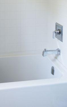 Bathroom | Modern Dimensions - Matte Arctic White | DALTILE