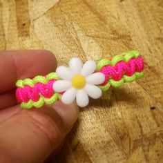 Hey, I found this really awesome Etsy listing at https://www.etsy.com/listing/201224981/daisy-paracord-bracelets-special-made