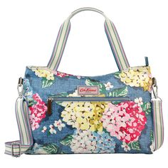 Hydrangea Zipped Handbag with detachable strap with cotton handles large enough to wear over shoulder, 14 x 25.3 x 36.2 cm | CathKidston