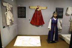 온양민속박물관Onyang Korean Folk Museum 도련님 지난 주말 사상체질의학회 이사회를 다녀오며 들긴곳입니다...좋은 내용이 많이 있더군요...한번 방문해보세요^^ 온양민속박물관소개  http://aboutchun.com/718  English HP http://www.iwooridul.com/english 日本語HP http://www.iwooridul.com/japan 中國語 HP http://www.iwooridul.com/chinese  우리들한의원 무료앱 다운법 사상체질진단가능 free app. sasang diagnosis program. http://www.iwooridul.com/app-update