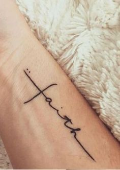 81 Small Meaningful Tattoos for Women Permanent and Temporary Tattoo Designs 81 petits tatouages significatifs pour les femmes Mini Tattoos, Trendy Tattoos, Popular Tattoos, New Tattoos, Faith Tattoos, Tatoos, Faith Tattoo On Wrist, Ladies Tattoos, Cross Tattoo On Wrist