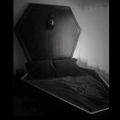 Super Large Coffin Bed (†) Sweet Dreams I can just see sleeping with my Bae in there all cuddled