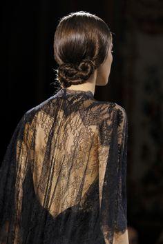 Détails défilé Valentino haute couture printemps-été 2014 33