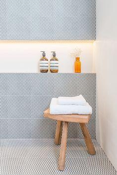 Home modern bathroom toilets 31 Super Ideas Home Interior, Bathroom Interior, Modern Bathroom, Small Bathroom, Bathroom Art, Paris Bathroom, Bathroom Ideas, Minimal Bathroom, Bathroom Hacks