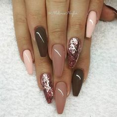 Wedding fall nails designs have that special autumn-ish vibe! #nails #nailart #bridenails