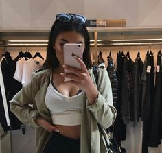 Find images and videos about girl, fashion and style on We Heart It - the app to get lost in what you love. Lauren Hutton, Linda Evangelista, Christy Turlington, Casual Outfits, Summer Outfits, Cute Outfits, Aeropostale, Estilo Madison Beer, Madison Beer Outfits