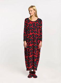 Ilta night dress and Topposet slippers, print design by Annika Rimala for Marimekko.