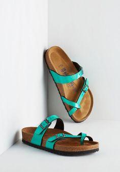 Iridescence of Wonder Sandal   Mod Retro Vintage Sandals   ModCloth.com