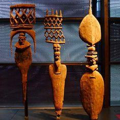 Totemic / Melanesia, Carved door finials, mid 19th c. Musée du Quai Branly.