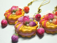 Decoden Sweet Strawberry charms