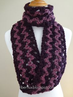 Crochet this Lightning Fast Crocheted Cowl using the v-stitch and any color wool yarn of your choice. All you need is one skein to complete this free crochet scarf pattern. Because it is so quick to crochet, this makes a great last-minute gift idea. Crochet Scarves, Crochet Shawl, Easy Crochet, Crochet Clothes, Crochet Infinity Scarf Pattern, Crochet Patterns, Scarf Patterns, Crochet Ideas, Crochet Gratis