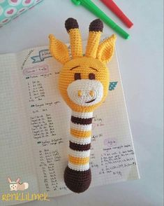 · · · Good morning 😊✋ I do not know how many giraffes that are, but is not that adorable 😍 😍 then I… Crochet Baby Toys, Crochet For Kids, Crochet Animals, Baby Knitting, Crochet Doll Pattern, Crochet Patterns Amigurumi, Newborn Toys, Baby Rattle, Crochet Videos