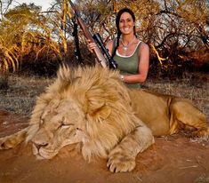 Melissa Bachman has sparked international outrage after posting a picture on social media, boasting publicly about killing a magnificent male lion in the Maroi Conservancy in South Africa.