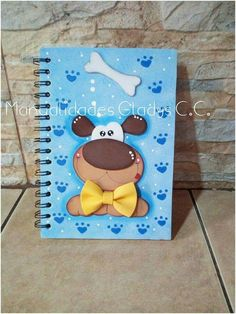 Cuaderno perro Foam Crafts, Diy And Crafts, Paper Crafts, Kindergarten Crafts, Nature Crafts, Scrapbook Albums, School Projects, Decoupage, Crochet Patterns
