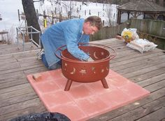 Please don'r burn your deck down! We often put fire pits on the deck.Fire Pit Deck Safety: How to Protect Your Wood Deck, here is backyard design diy ideas Fire Pit On Wood Deck, Wood Burning Fire Pit, Camping Fire Pit, Fire Pit Backyard, Firepit Deck, Concrete Deck, Concrete Fire Pits, Concrete Blocks, How To Build A Fire Pit