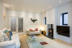 Magnificient White Modern Living Room Ideas - Home Design - lmolnar - Best Design and Decoration You Need Modern White Living Room, Cozy Living Rooms, Best Living Room Design, Living Room Designs, 1930s House Exterior, London House, Front Rooms, House On A Hill, Devon
