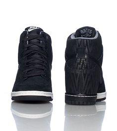 Nike Wmns Dunk Sky Hi Print Dark Mica Green  12241feda