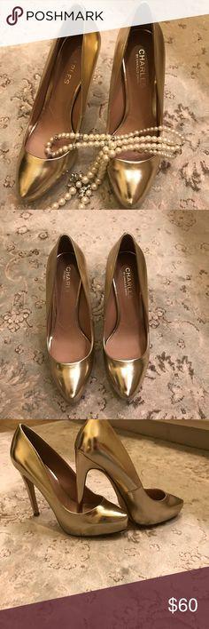 """Charles David Heels """"New WOTs"""" Gold Charles David 4"""" platform heels 👠 Perfect for the Up coming Holidays🎉🥂🍾🎄 Charles David Shoes Heels"""