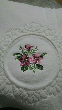 This Pin was discovered by Seb Cross Stitch Rose, Cross Stitch Borders, Cross Stitch Flowers, Hand Work Embroidery, Ribbon Embroidery, Hand Work Design, Stitch Patterns, Crochet Patterns, Bargello