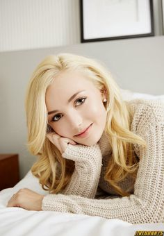 HQ Photos of Peyton List who plays Emma Ross in TV series Jessie. Peyton List Teen Actress Photos Gallery 2