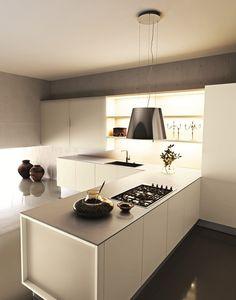 Lacquered #kitchen with peninsula YARA 04 by Cesar Arredamenti design Gian Vittorio Plazzogna