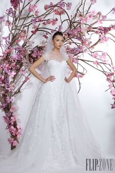 Georges Hobeika 2015 collection - Bridal - http://www.flip-zone.com/fashion/bridal/the-bride/georges-hobeika-5235