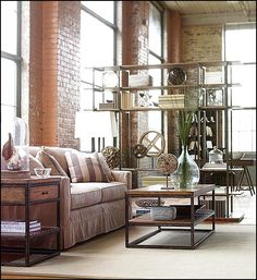 There are two main ways you can use to create industrial decorations in your living room. You can get inspiration by looking at the industrial living room design idea we have selected here. Estilo Industrial Chic, Loft Industrial, Industrial Chic Decor, Industrial Living, Industrial Bedroom, Rustic Chic, Vintage Industrial, Shabby Chic, Small Living Room Furniture