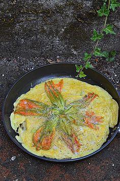Omlet z kwiatami cukinii