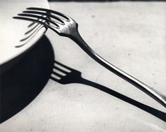 Kertesz The Fork - André Kertész - The Fork, or La Fourchette, was taken in 1928 and is one of Kertész's most famous works from this period