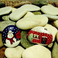 Akçaydan taşlarım geldi; boyamaya devam#stones#paint#paintingstones#yeniyıl#instadesıgn#instadecor