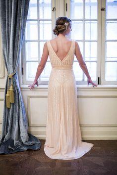 Swoon-worthy Wedding Inspiration at The Philips Hotel - My Hotel Wedding Great Gatsby Wedding, 1920s Wedding, Perfect Wedding Dress, Hotel Wedding, Wedding Dress Styles, Wedding Wear, Bridal Gowns, Wedding Gowns, Wedding Theme Inspiration