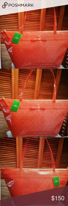 Kate Spade NWT Red Camellis Patent Tote **Valentine's Day Sale***Kate Spade NWT Red Camellis Patent Tote, Zippered Closure and 2 Slip pockets inside and Zippered pocket inside**  Price Firm Kate Spade Bags Totes