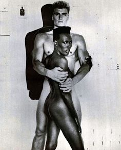 If @tom_harrel and I would start working out, do steroids, get our hair diiiiiid and get someone to snap us while naked #EASY #melaWIN #GraceJones #DolphLundgren More seriously: I still need a work soul-mate, job description on freddieharrel.com (it's on the homepage, just scroll down)