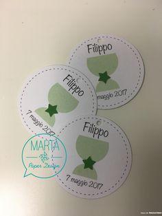 Ecco un'idea per la Prima Comunione con biglietti personalizzati originali e i cerchietti per i confetti realizzati a mano con tanta passione!
