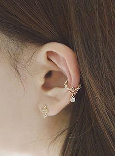 Cute Earrings - Ear Piercing Ideas - Conch Hoop Ring - Bijou Crystal Drop Ear Cuff Earrings at MyBod Conch Piercings, Daith Piercing, Ear Peircings, Conch Piercing Jewelry, Fake Piercing, Bar Stud Earrings, Clip On Earrings, Statement Earrings, Gold Earrings