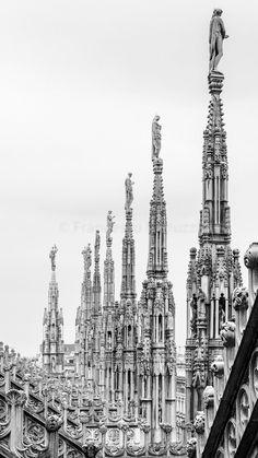 Le guglie del Duomo di Milano #duomo #milano #fotografia #guglia