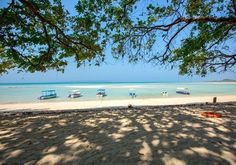 Havelock and Neil Islands are beautiful Islands located very close to Port Blair. Both the Islands are in Andaman and Nicobar Islands. Beautiful Islands, Beautiful Sunset, Beautiful Beaches, Sea Walk, Havelock Island, Port Blair, Andaman And Nicobar Islands, Natural Bridge, Adventure Activities