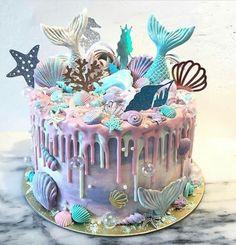 Pretty Cakes, Cute Cakes, Beautiful Cakes, Amazing Cakes, Mermaid Birthday Cakes, Mermaid Cupcakes, Cake Birthday, Birthday Ideas, Happy Birthday