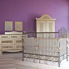 Casablanca Premiere Iron Crib in Pewter from PoshTots