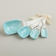 One of my favorite discoveries at WorldMarket.com: Mason Jar Ceramic Measuring Spoons These are adorable!