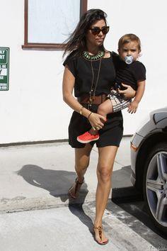 Kourtney-Kardashian-Mason-Dash-Disick-Kendall-Jenner-Malibu-Shopping-071811-9