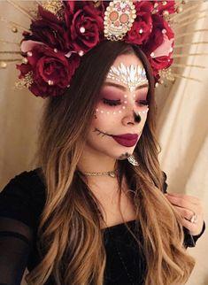 Cool Costumes, Halloween Costumes, Halloween Halloween, Halloween Makeup, Costume Ideas, Fascinator, Headpiece, Flower Headdress, Rose Crown