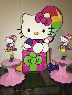 Hello Kitty Rainbow Porta cupcakes, cupcakes holder and foam character