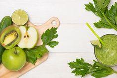 ЖИЗНЬ БЕЗ ОТЕКОВ: ДРЕНАЖНЫЕ НАПИТКИ ДОМАШНЕГО ПРИГОТОВЛЕНИЯ – БУДЬ В ТЕМЕ Fruit Water, Pear, Detox, Food And Drink, Health Fitness, Drinks, Amazing, Health, Drinking