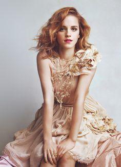 Emma Watson// my gosh she's perfect//