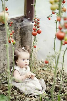 adorable with the berries x C Cool Baby, Baby Love, Precious Children, Beautiful Children, Beautiful Babies, Cute Kids, Cute Babies, Baby Kids, Little People