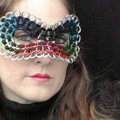 repurpose your soda tabs! Soda Tab Crafts, Bottle Cap Crafts, Pop Top Crafts, Pop Can Tabs, Soda Tabs, Pop Cans, Yarn Thread, Recycled Crafts, Masquerade