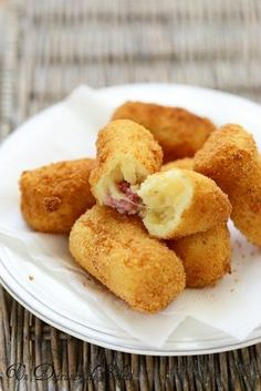 Un déjeuner de soleil : encore un blog mine d'or, la liste des recettes est impressionnante et vraiment délicieuse... ici ce sont les croquettes pomme de terre italienne fromage bonne découverte