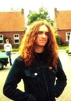 Cliff Burton - one of the best bassist players, but sad to say that i was born in the wrong generation and the wrong country! :(